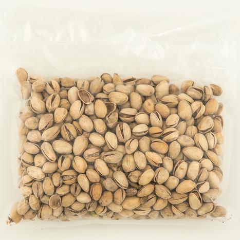 röstitud ja soolatud pistaatsia pähkel
